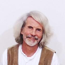 Tobias Neubert